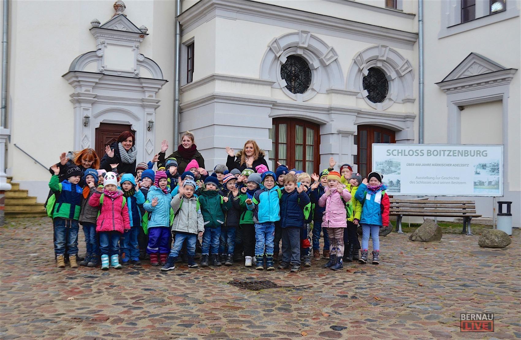 Die Kita Melodie traf den Weihnachtsmann auf Schloss Boitzenburg