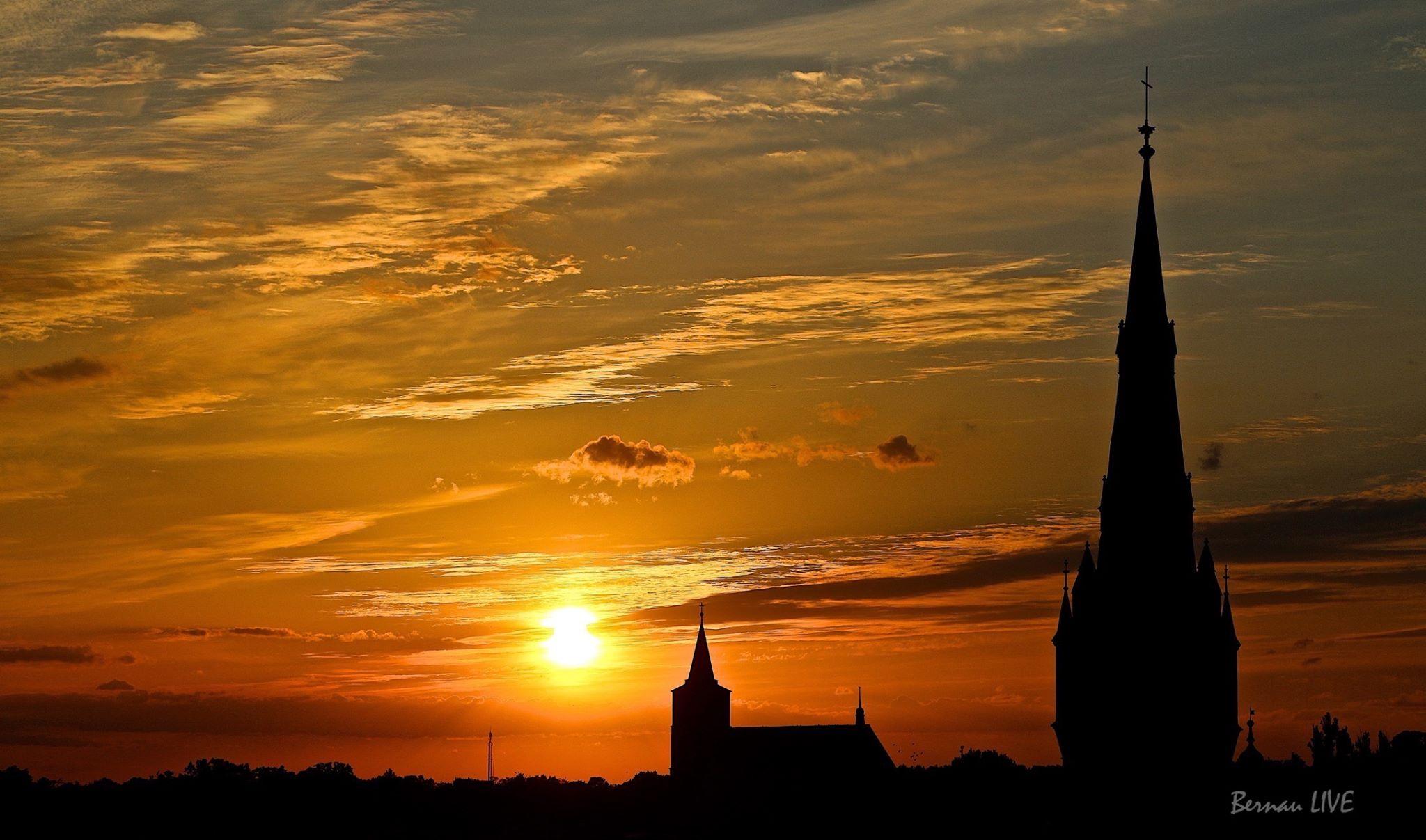 Photo of Sonnenuntergang über Bernau