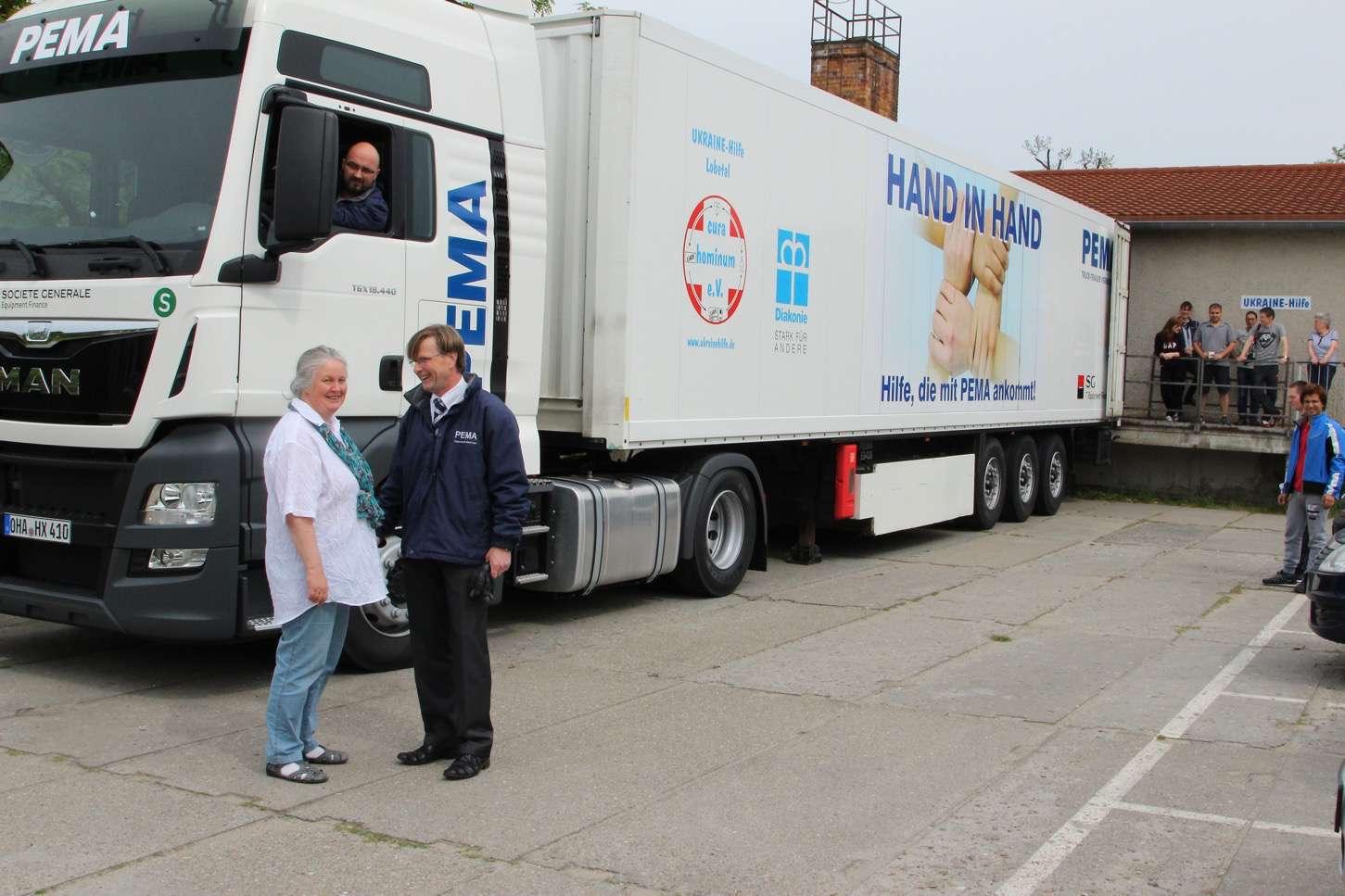Photo of Bernau: Neue Zugmaschine von PEMA für die Ukraine-Hilfe Lobetal