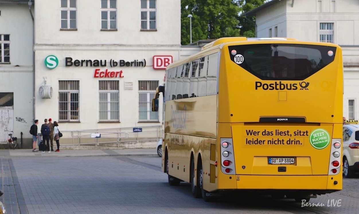 Bernau: Erster Postbus in Richtung Usedom gestartet