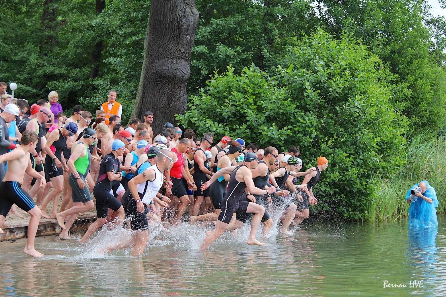 Optegra-Liepnitzsee-Triathlon am Liepnitzsee gestartet
