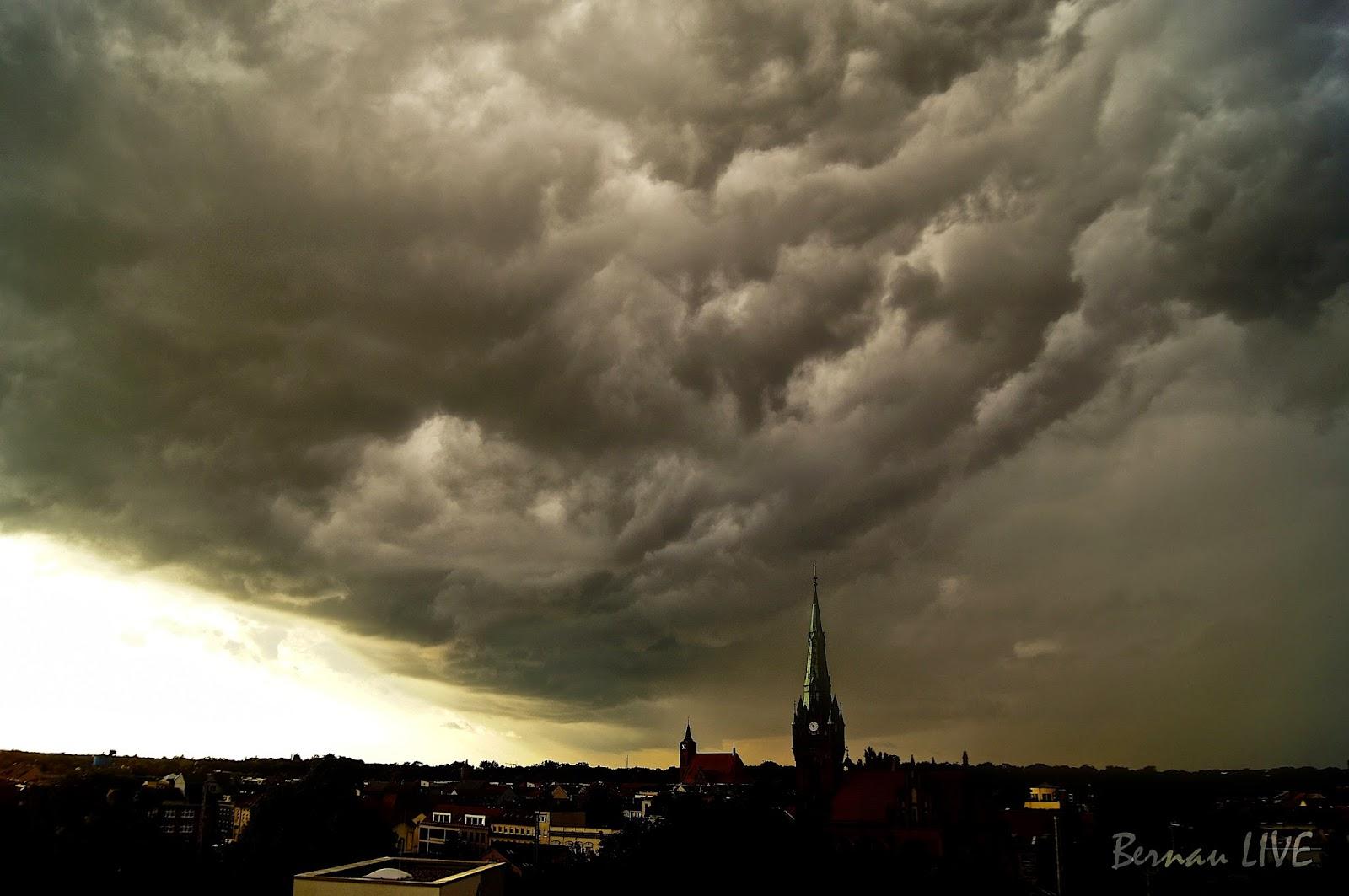 Barnim - Bernau: Offizielle Warnung vor Sturm und Gewitter