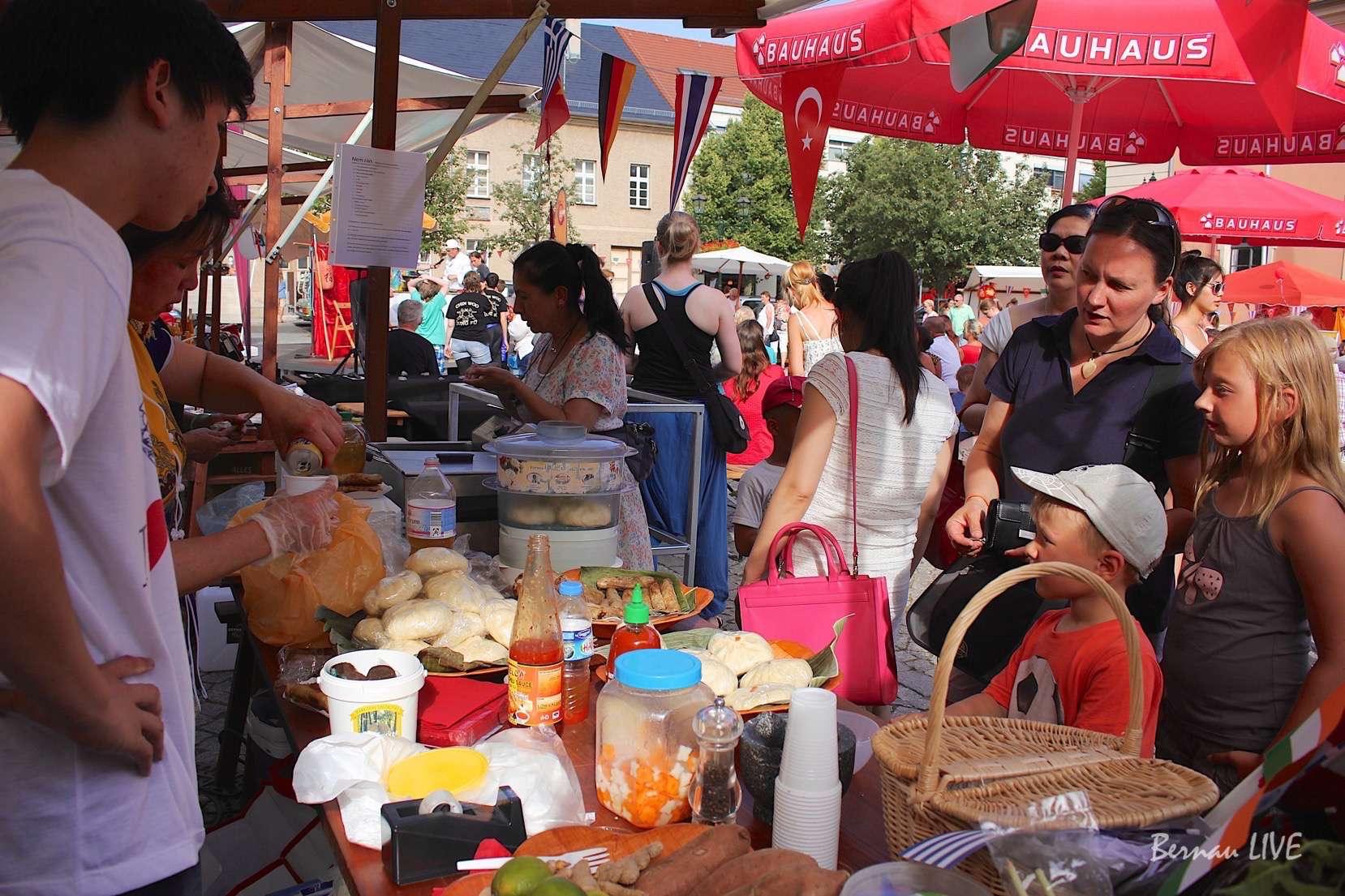 Bernau: Langer Dienstag der Kulturen gestartet- asiatisch