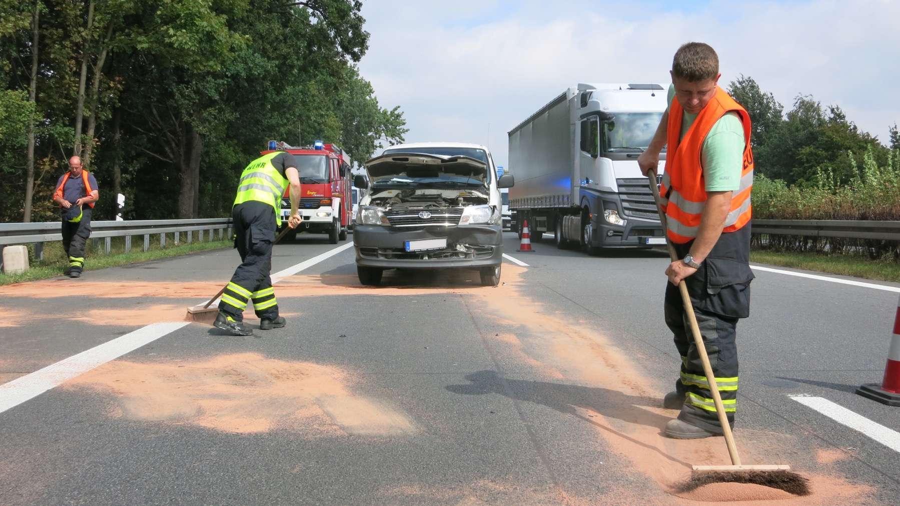 Bernau: Nachtrag zum heutigen Unfall auf der A11 - Bernau Süd