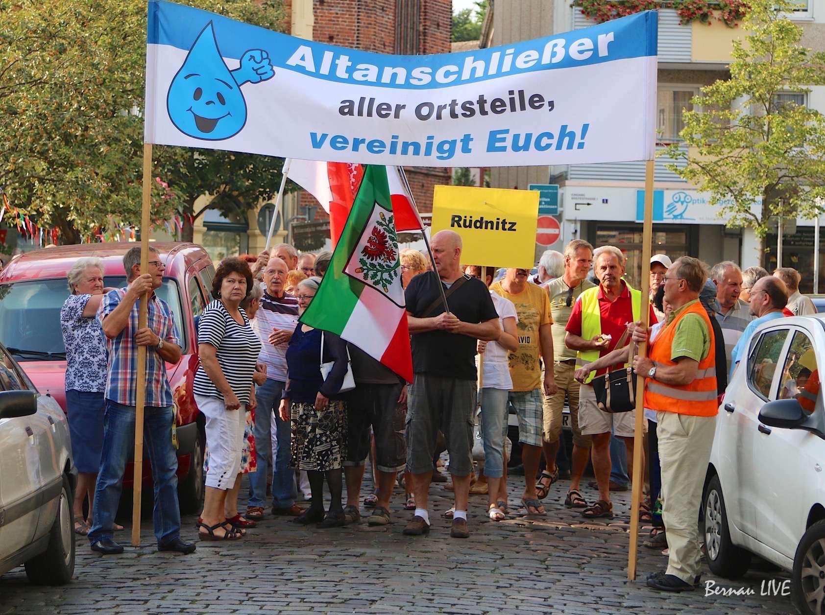 Photo of 88. Dienstags-Demo in Bernau – Es gibt sie noch!