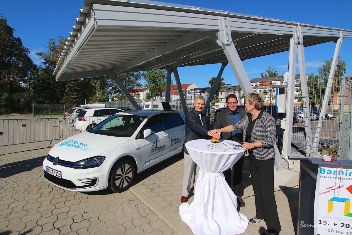 Bernau: Messe Barnim Bau eröffnet