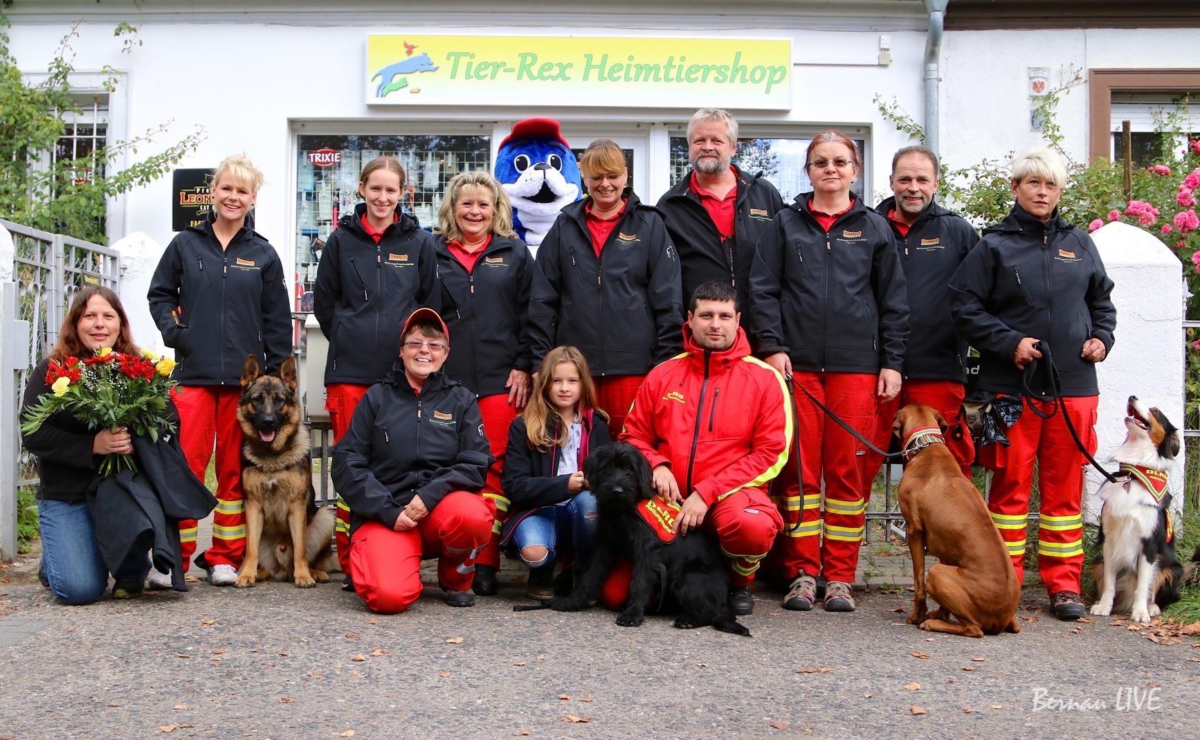 Photo of Bernau: Thermojacken für die Rettungshundestaffel DLRG Barnim