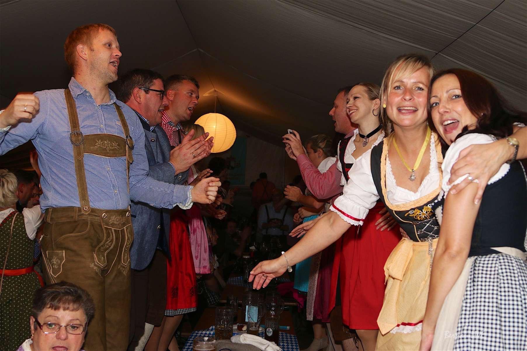Biesenthal: Oktoberfest am Strandbad Wukensee voller Erfolg