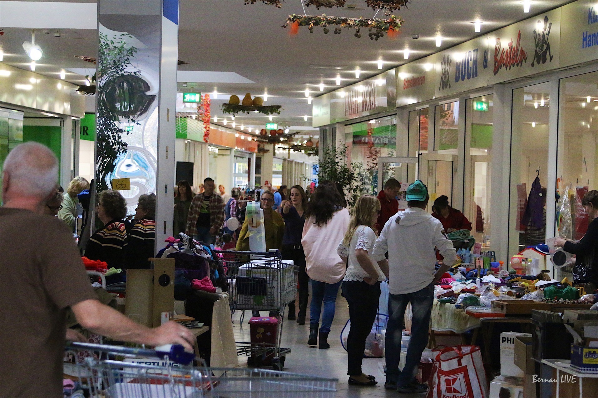 Samstag: Grosser Indoor-Flohmarkt im Forum Bernau