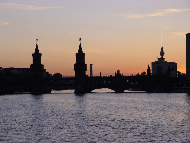 Verkaufsoffener sonntag in berlin bernau live for Stilwerk berlin verkaufsoffener sonntag