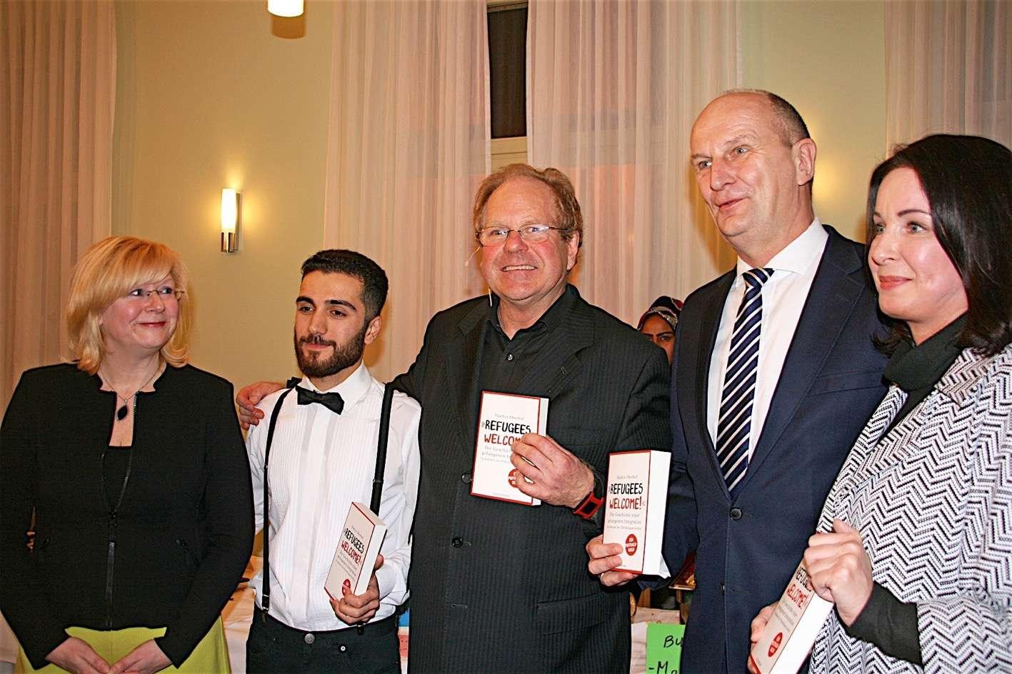 """Photo of """"Refugees Welcome!"""" – Wandlitz feiert seine Willkommenskultur"""