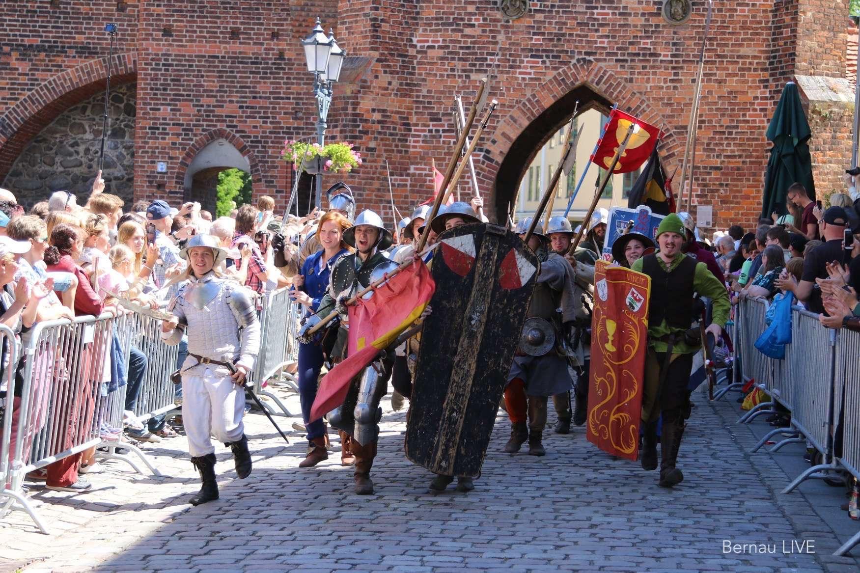 Hussitenfest Bernau - Festumzug
