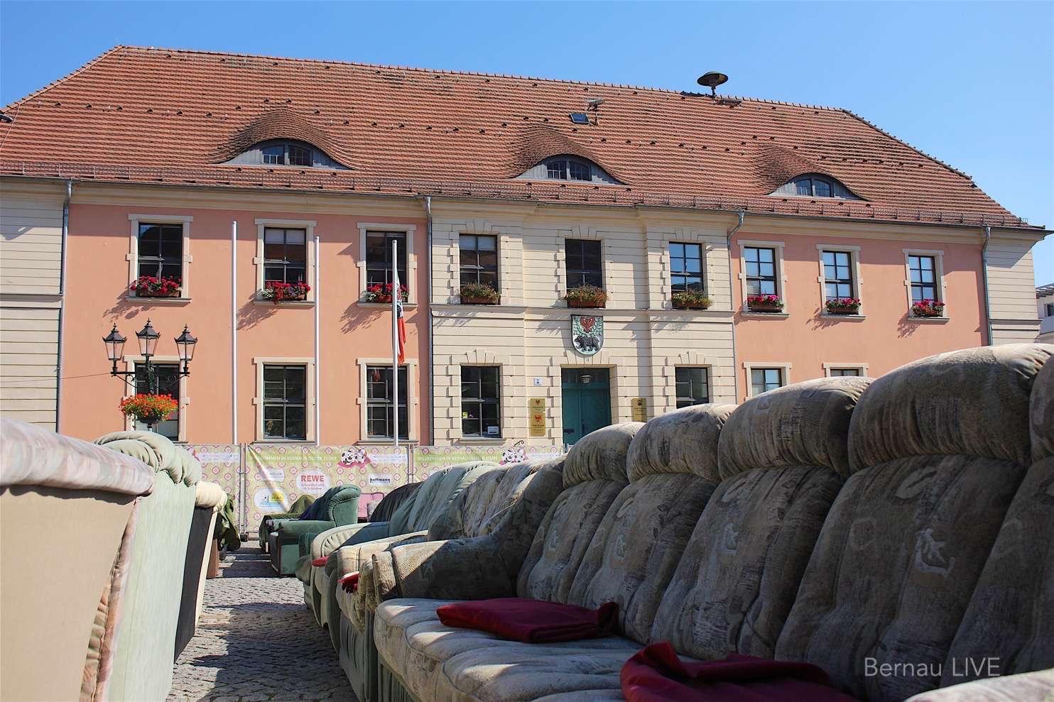 Em 2016 grosses fussball wohnzimmer in bernau er ffnet for Wohnzimmer 2016