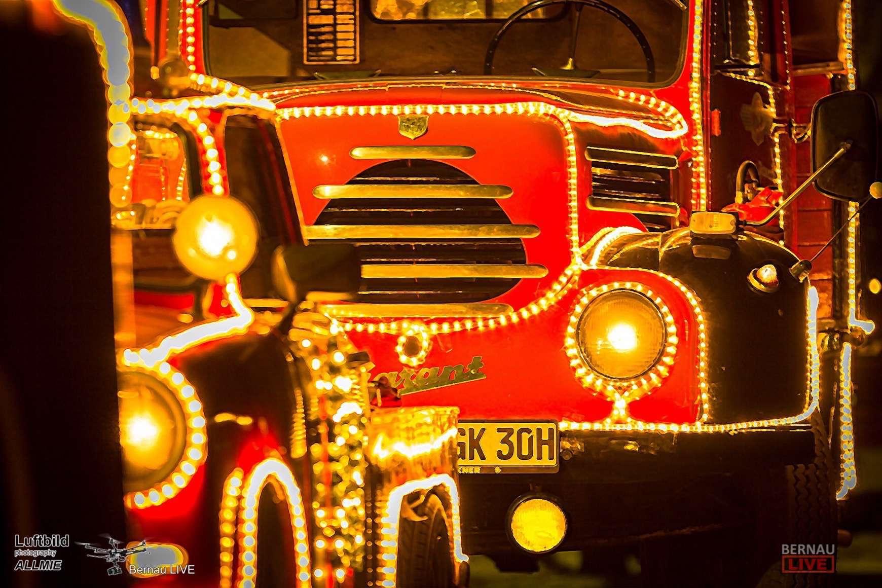 Große Weihnachtsparade und Weihnachtsmarkt in Zepernick