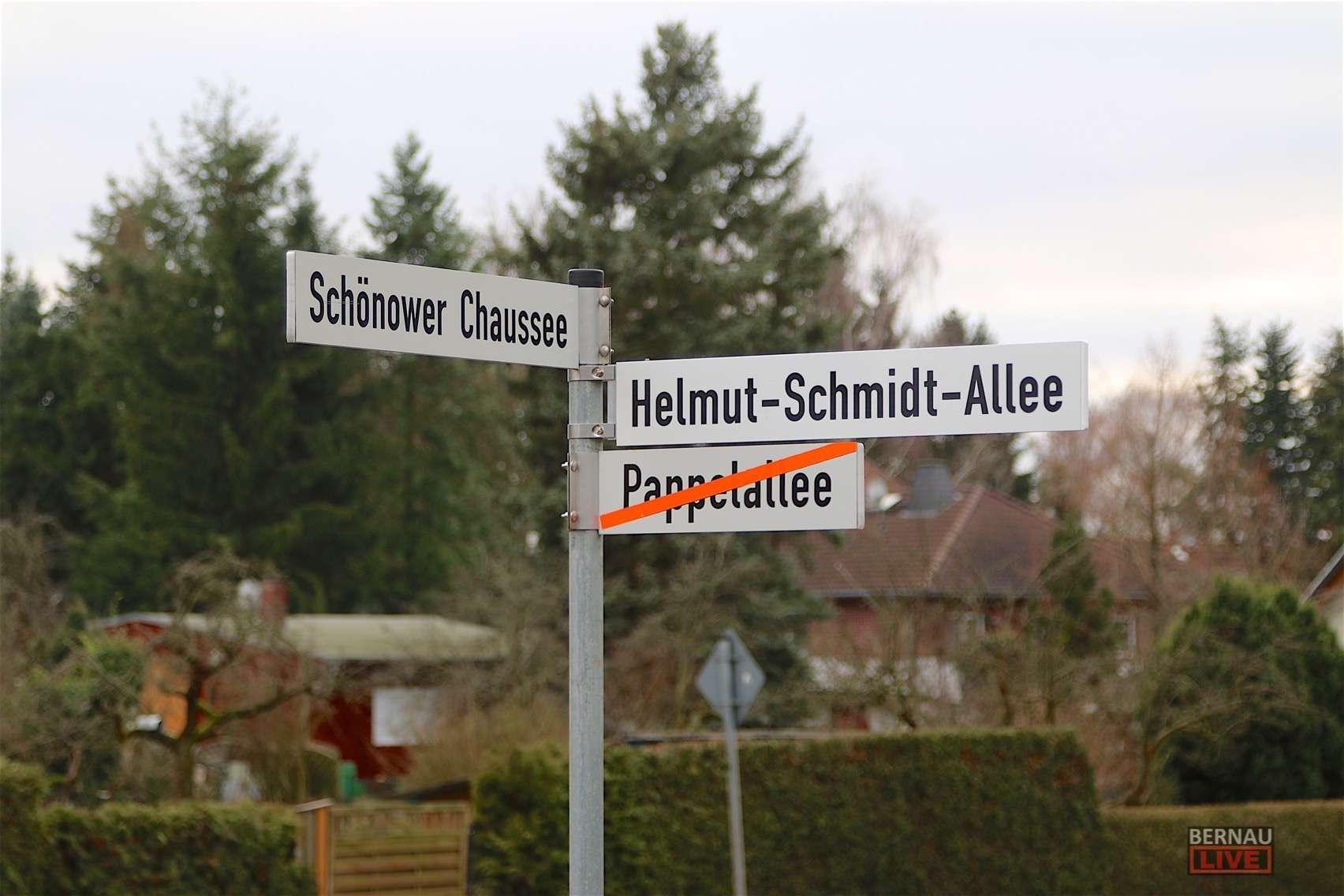 Aus der Pappelallee in Bernau wird nun die Helmut-Schmidt-Allee