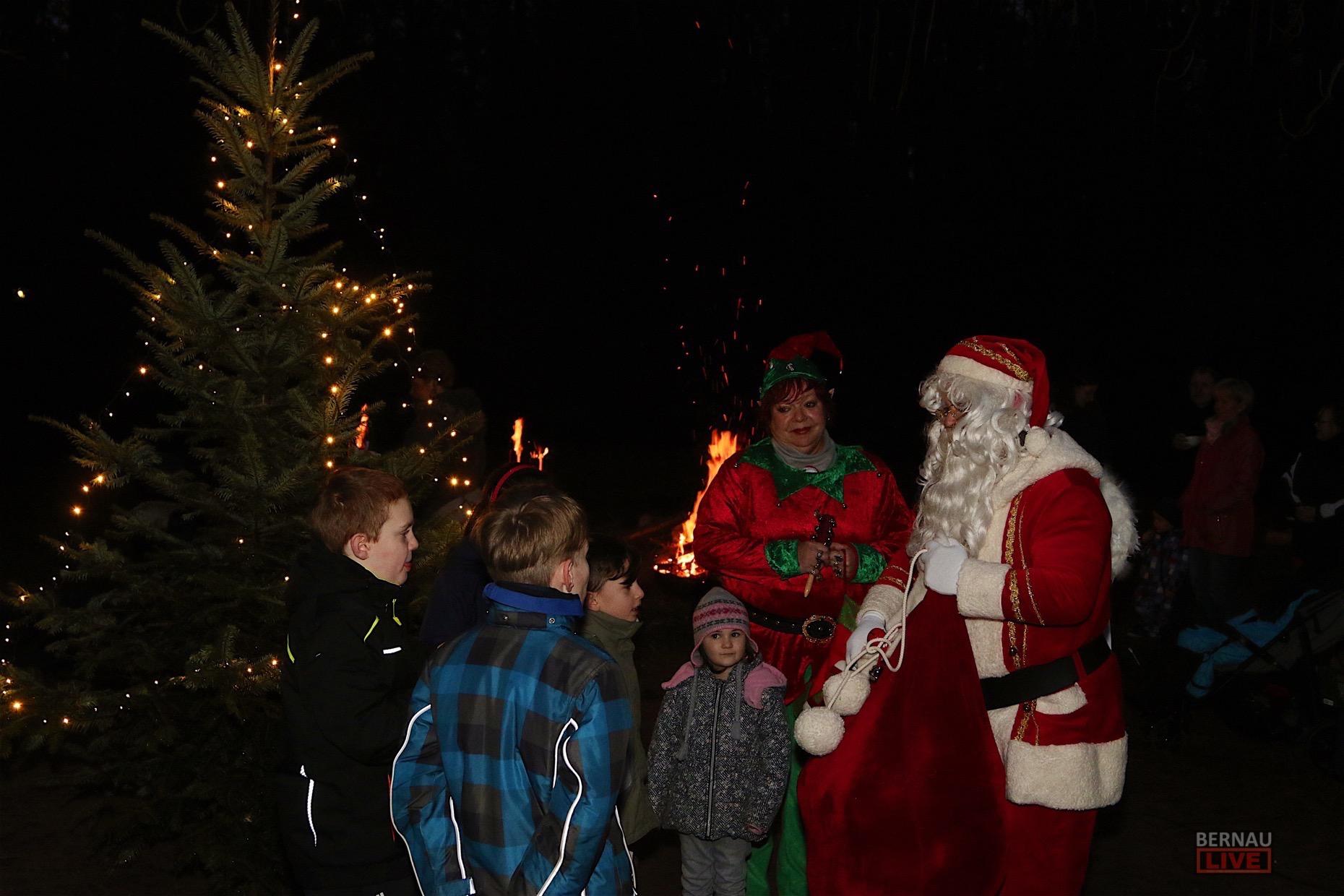 Leuchtende Kinderaugen zur Weihnachtsfeier der Kindernachsorgeklinik ...