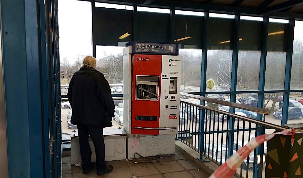 Bernau: Fahrkartenautomat gesprengt - Einbrüche in der Innenstadt