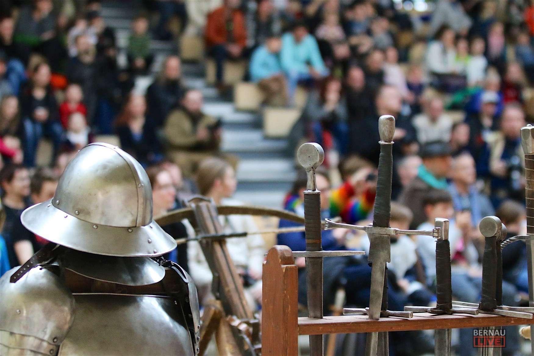 20. Schwertkämpfertreffen in Bernau begeisterte hunderte Zuschauer