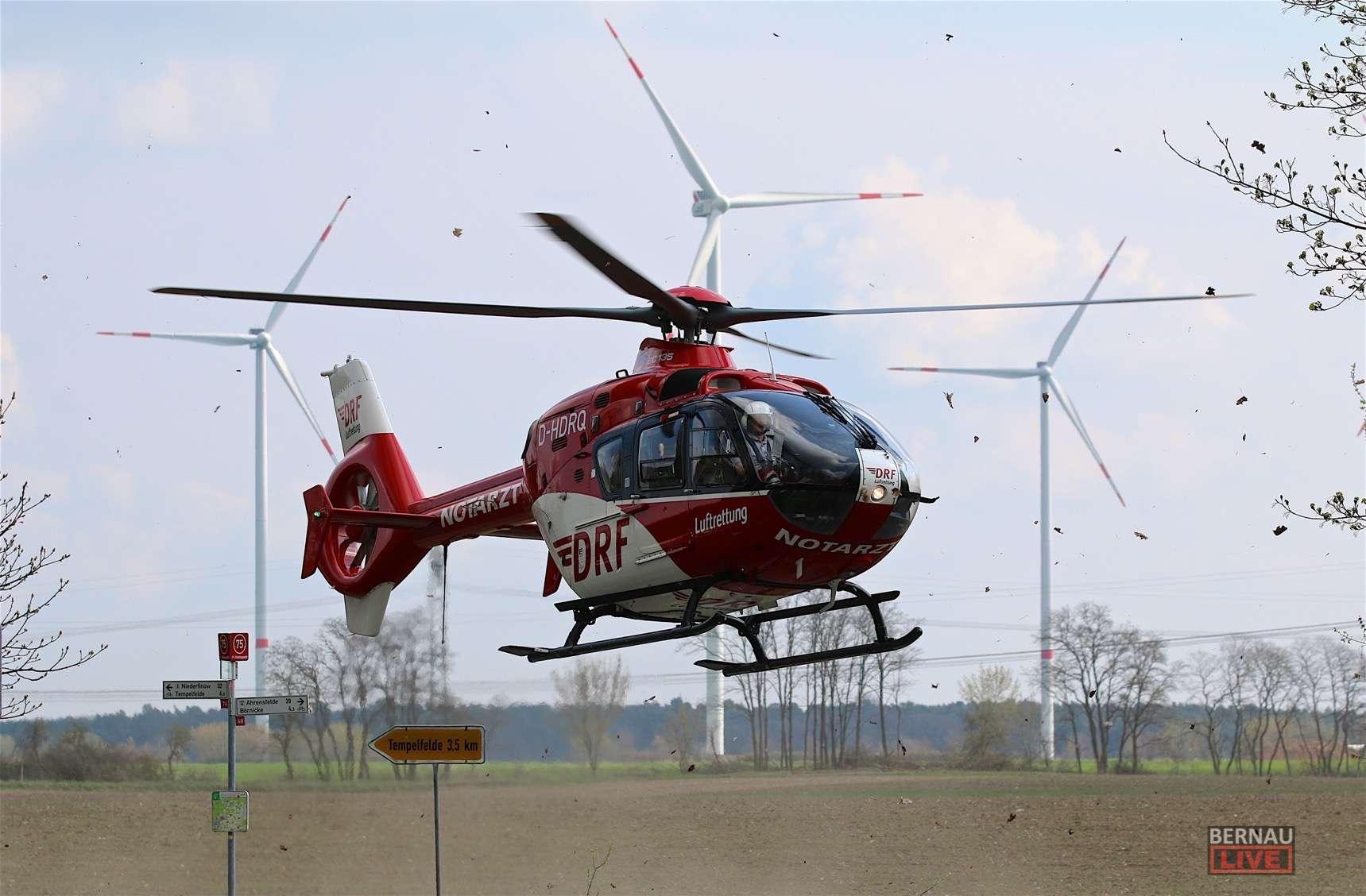 Bernau: Schwerer Verkehrsunfall zwischen Motorrad und LKW in Albertshof