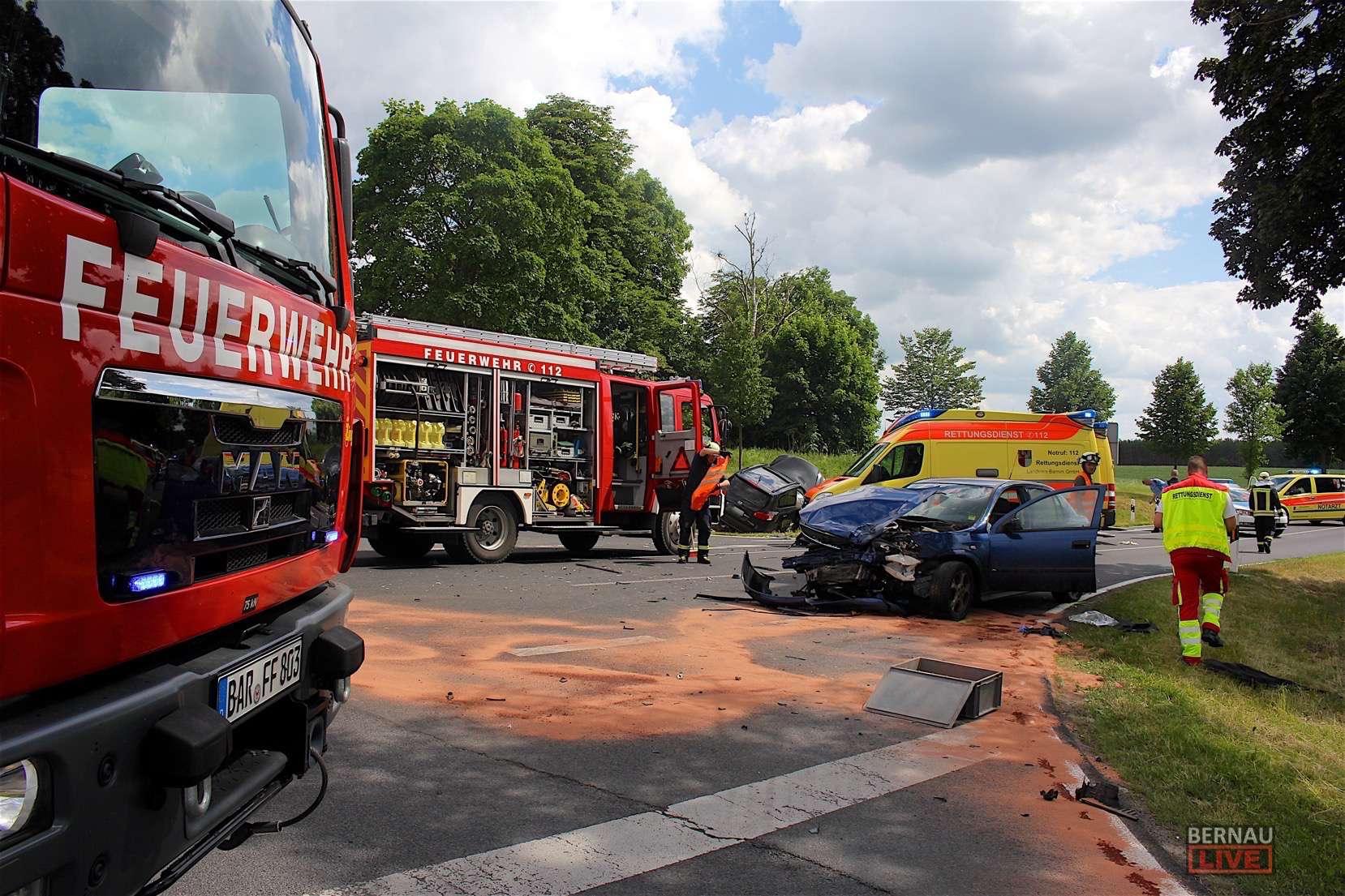 Unfall mit Folgeunfall + Garage abgebrannt + Falsche Zivilfahnder