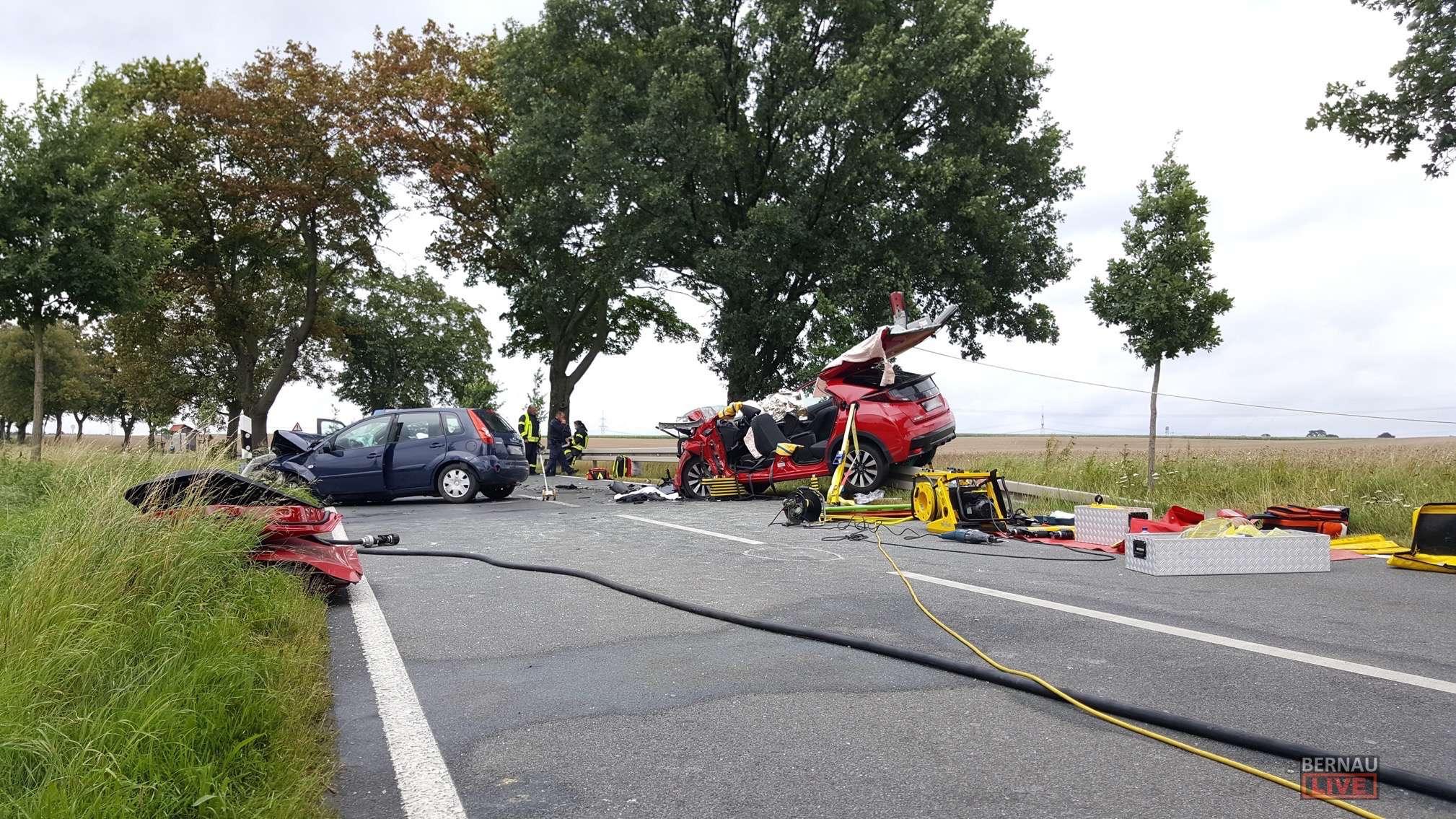 Schrecklicher Verkehrsunfall zwischen Elisenau und Blumberg