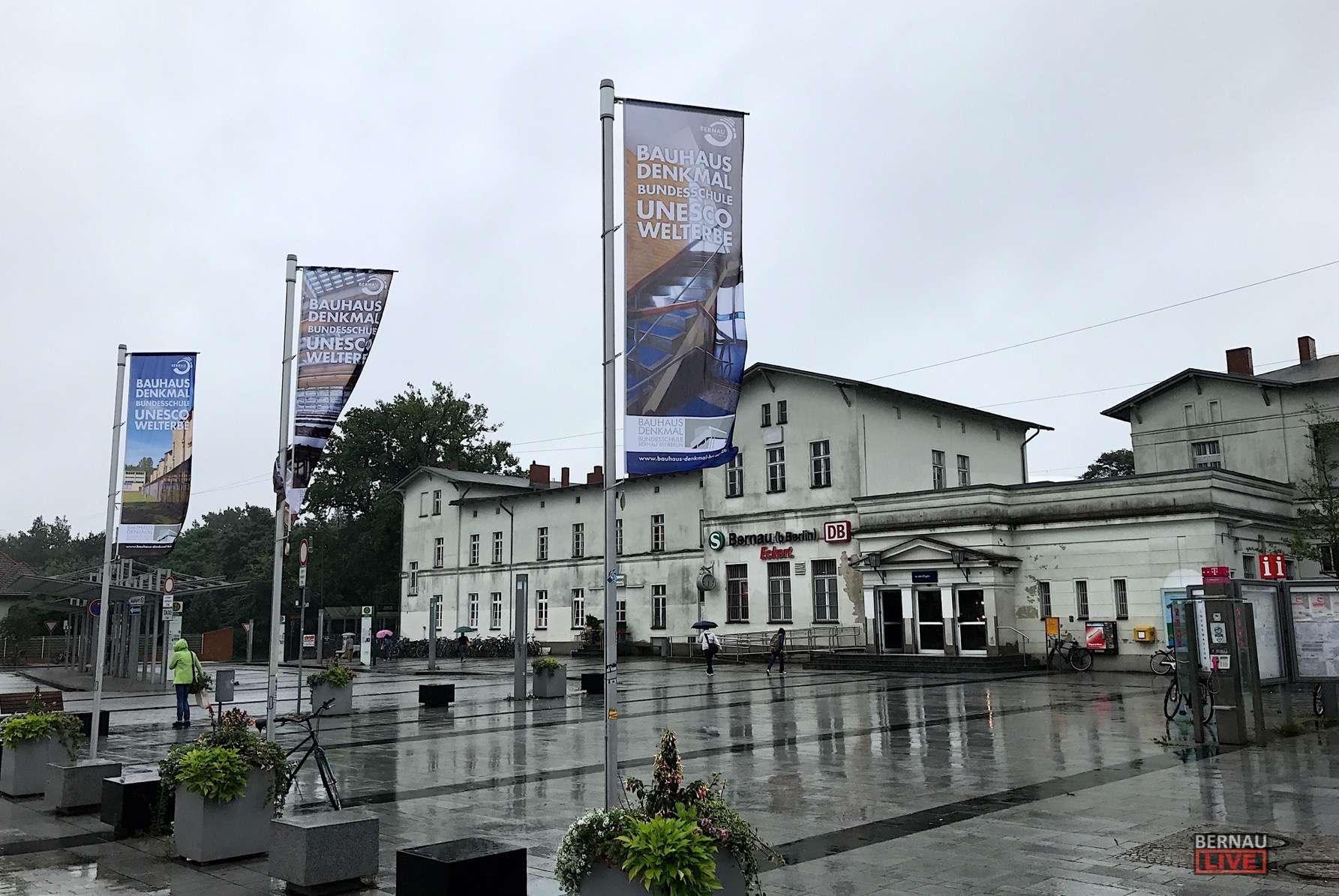 Bernau - Barnim: Dunkel, Sprühregen, aber zum Glück ist Freitag