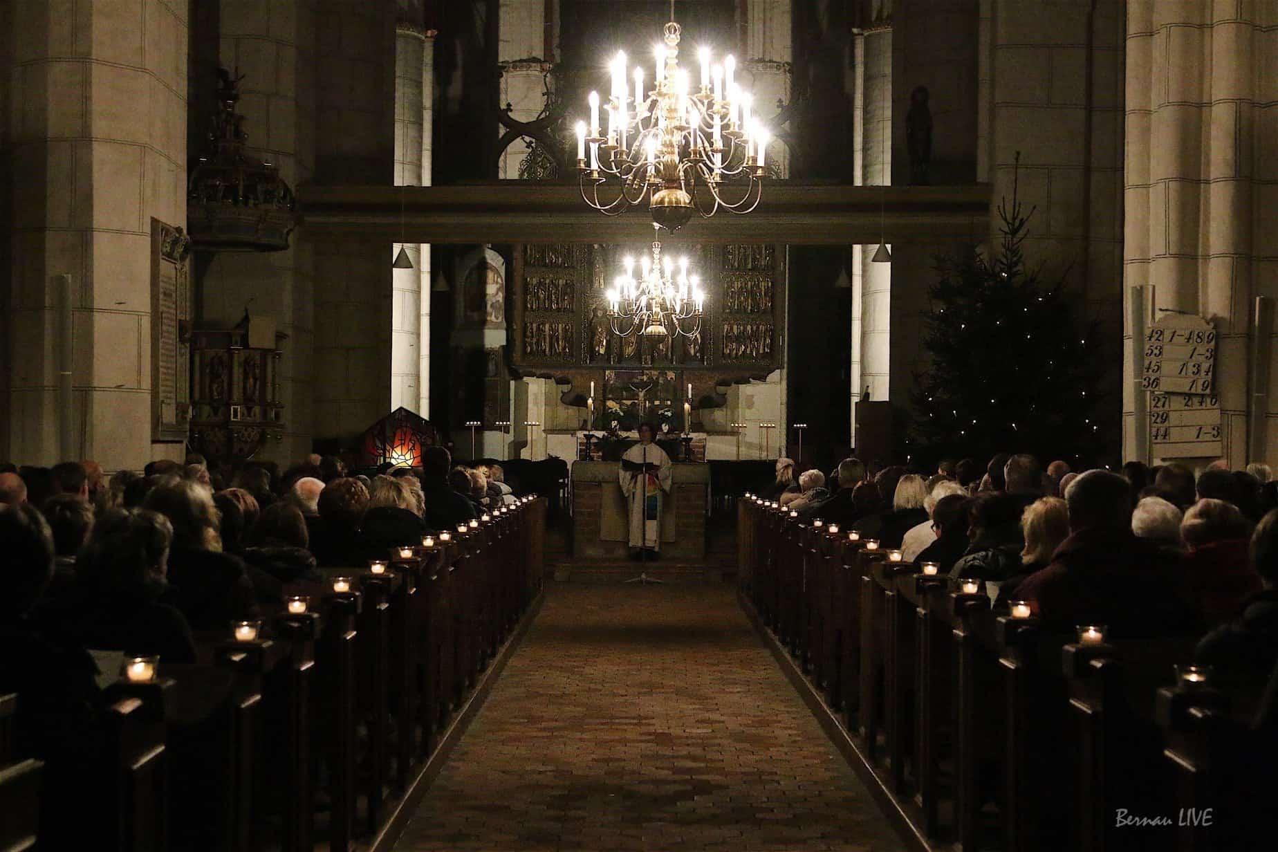 Krippenspiele und Gottesdienste an Heiligabend in und um Bernau