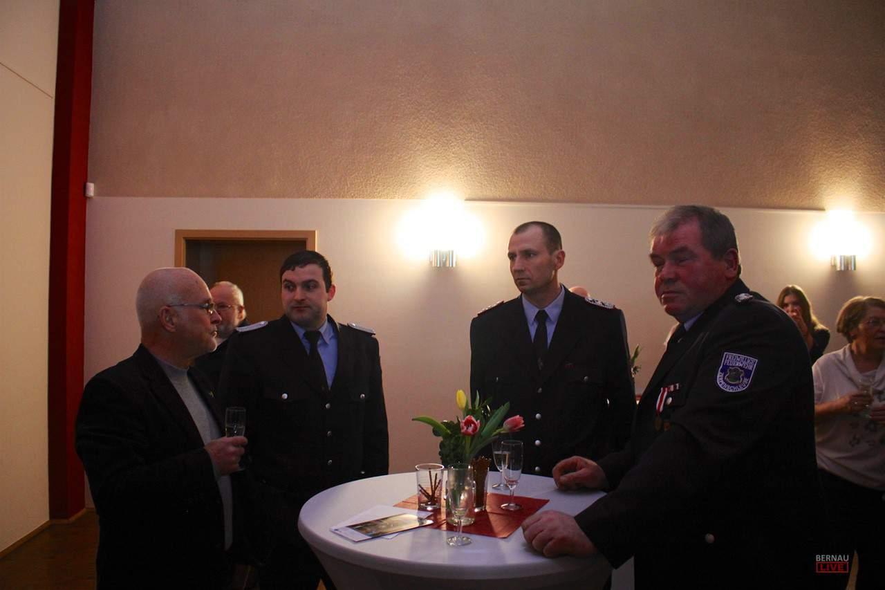 Etwa 250 Gäste aus Politik, Wirtschaft und Gesellschaft folgten am Abend der Einladung