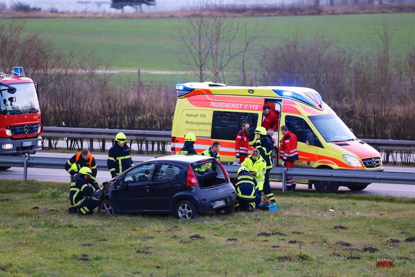 Aktuell: Schwerer Verkehrsunfall A11 - AS Bernau Nord