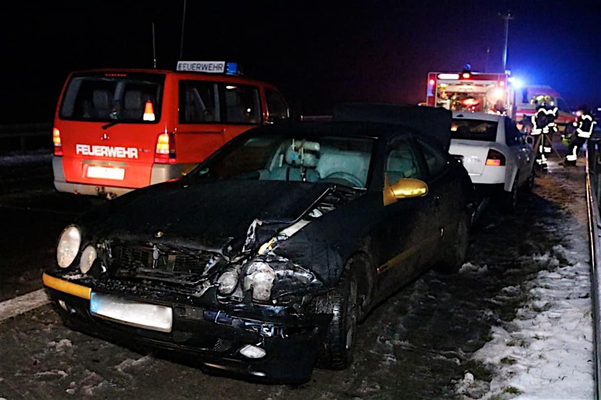 Schwere Verkehrsunfälle auf der BAB11 - 11 Verletzte, darunter 4 Kinder