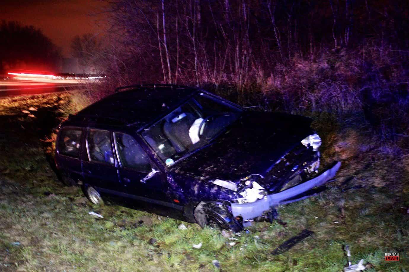 Schwerer Verkehrsunfall auf der A11 - AS Bernau Süd