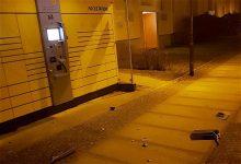 Unbekannte beschädigten eine Packstation in Bernau