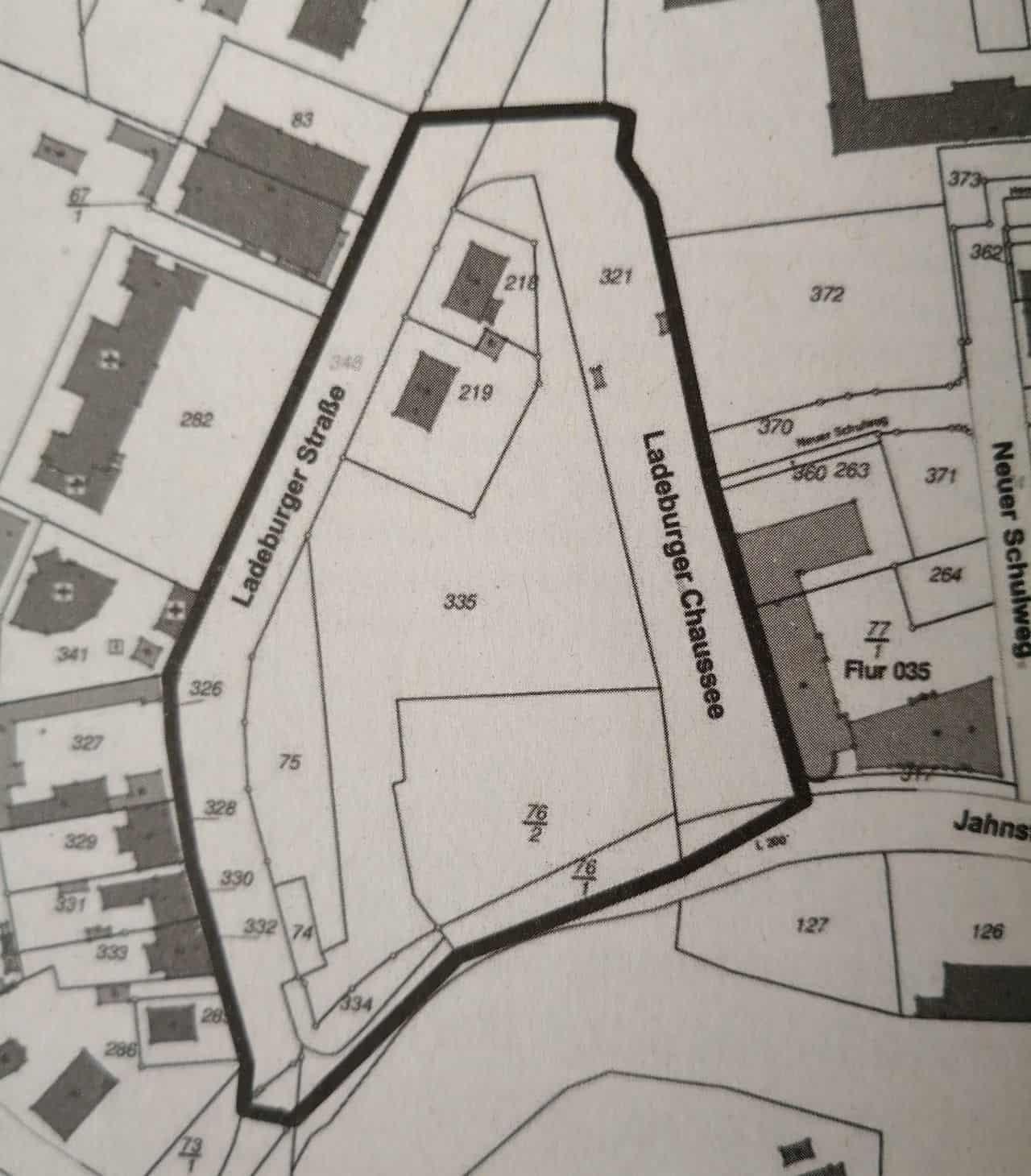 Mehrzweckhalle und 500 Parkplätze am Ladeburger Dreieck in Bernau
