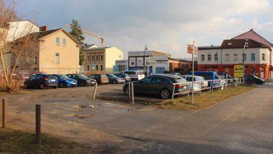 Parkplatz an der Ecke Weißenseer Straße/Breitscheidstraße wird saniert
