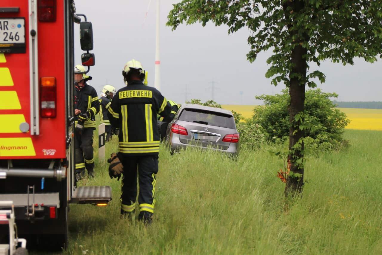 Verkehrshinweis: Unfall auf der B2 in Lindenberg in Höhe Bucher Weg