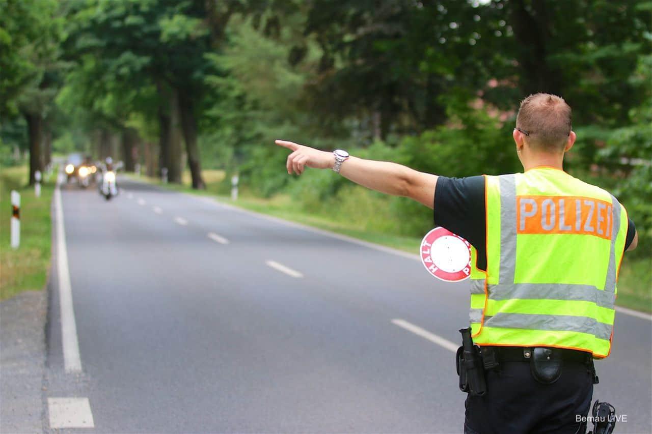 Barnim: Unterwegs mit der Polizei - Schwerpunktkontrolle Motorräder