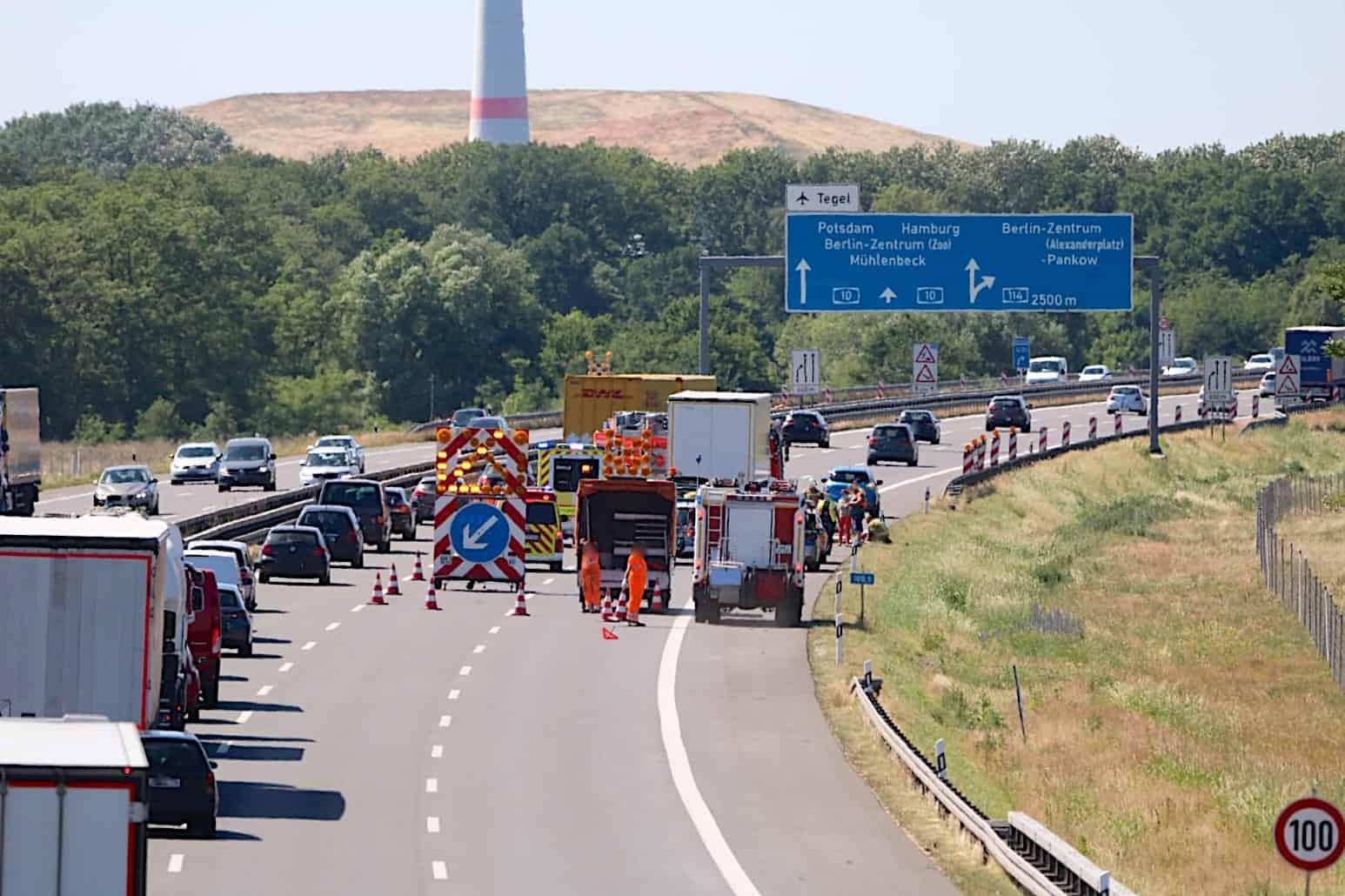 Schwerer Unfall auf der A10 - Dreieck Barnim - Dreieck Pankow