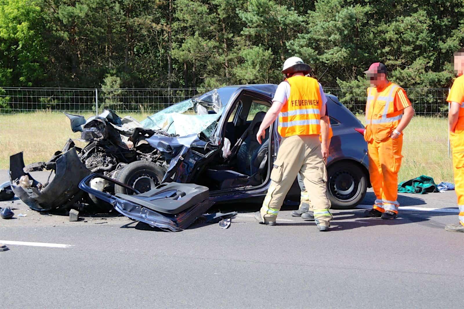Schwerer Unfall Auf Der A10 Dreieck Barnim Dreieck Pankow
