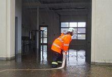 Bernau - Biesenthal: Rettungswache unter Wasser, Straßen überflutet
