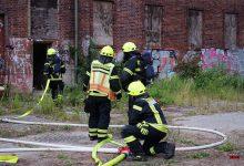 Kamerad der Feuerwehr Bernau bei Löscharbeiten verletzt