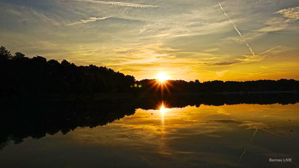 Heute Sommer Und Herbst An Einem Tag Guten Morgen Aus Bernau