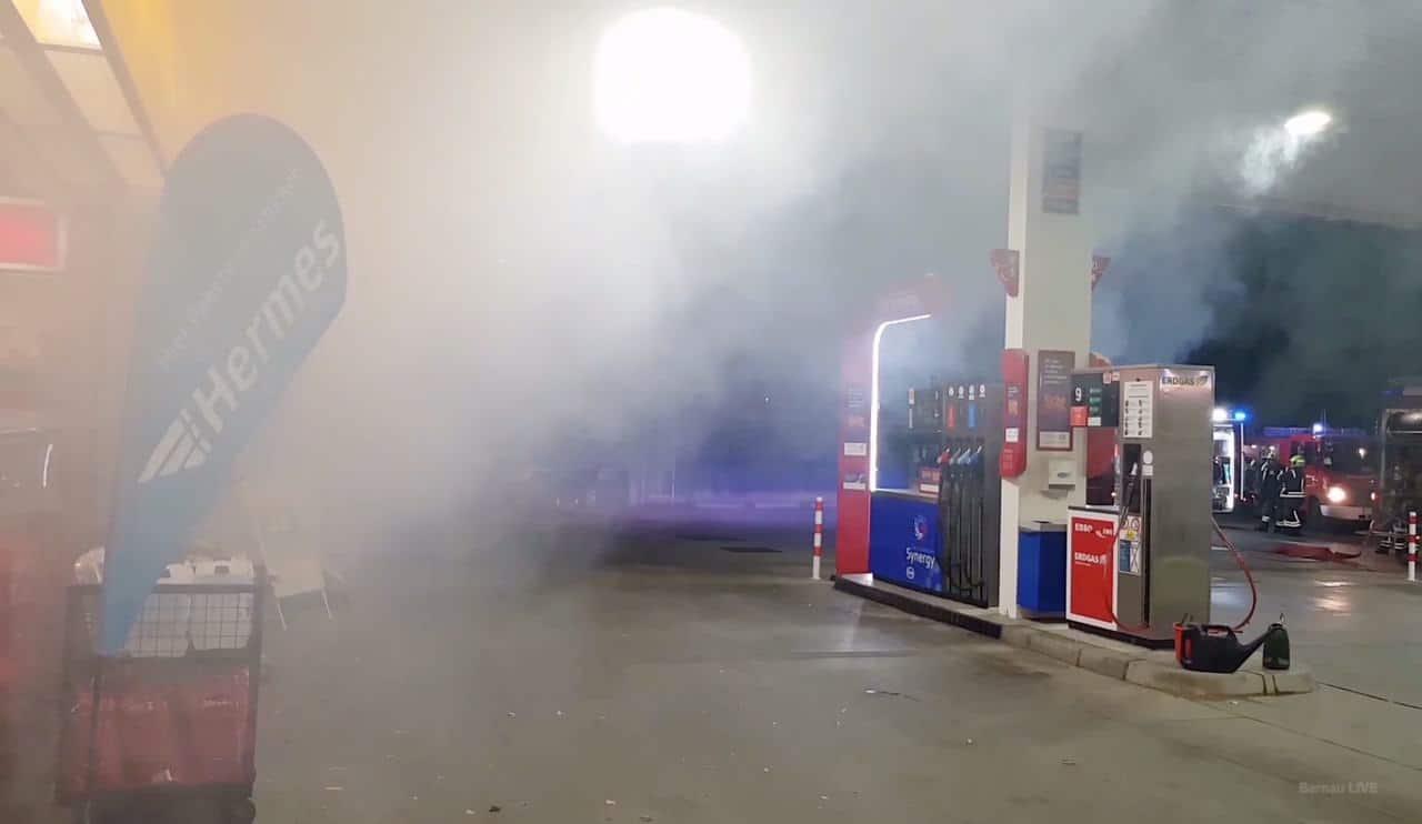 """""""Explosion Flüssiggastank - mehrere verletzte Personen"""""""