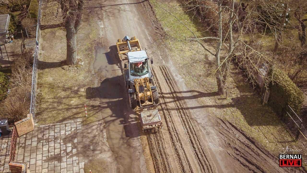 Straßenschieben - Ab Montag, den 08.04. werden in Bernau zahlreiche Straßen ausgebessert