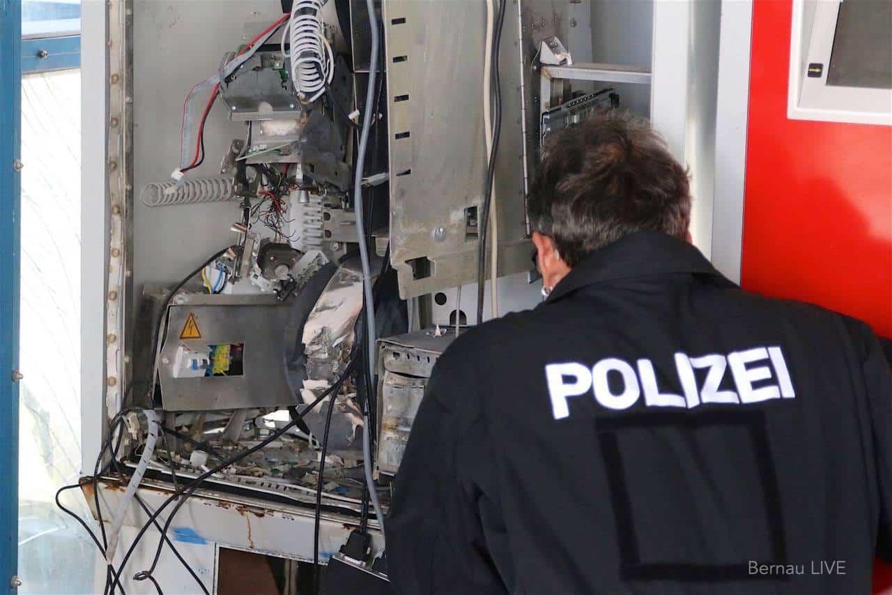 Wieder wurde ein Fahrkartenautomat in Bernau - Friedenstal zerstört