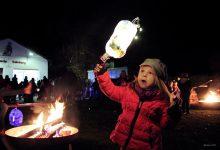 Bernau: Leuchtende Kinderaugen beim Laternenumzug in Ladeburg