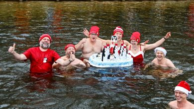 Eisbaden in Lanke: Wasser eisige 3,1 Grad - Luft 0 Grad