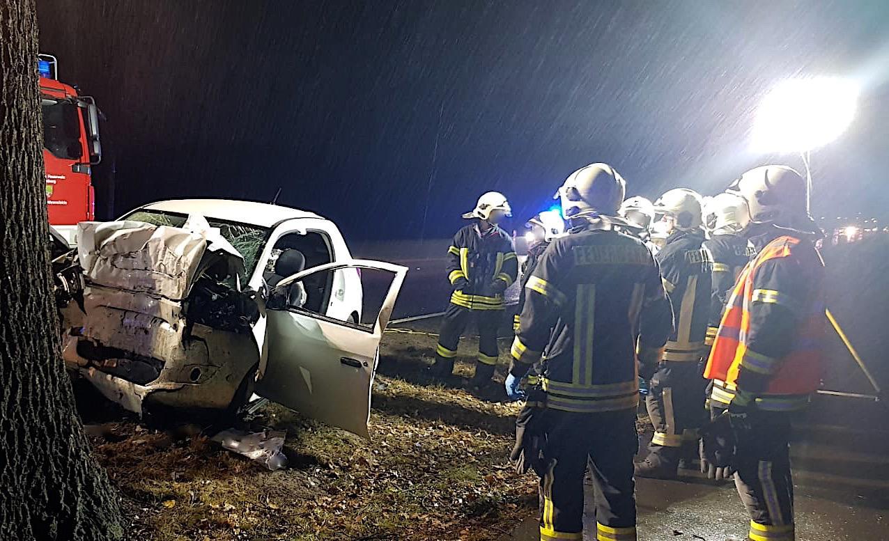 Tödlicher Verkehrsunfall zwischen Blumberg und Seefeld