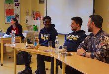Tobias-Seiler OS: Englisch-Unterricht mit Basketball-Profi Quadir Welton