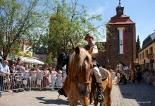 Akteure für den Hussitenfest-Umzug in Bernau gesucht