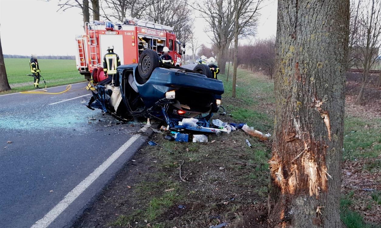 Schwerer Verkehrsunfall am zwischen Werneuchen und Tiefensee